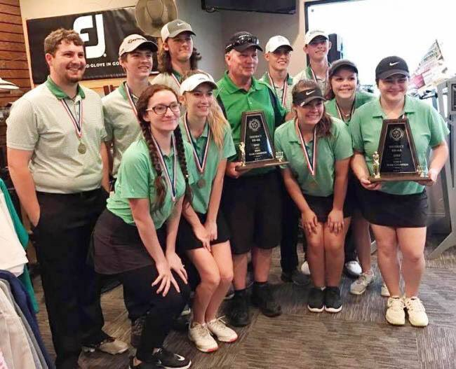 Golf teams win district, prepare for Regionals
