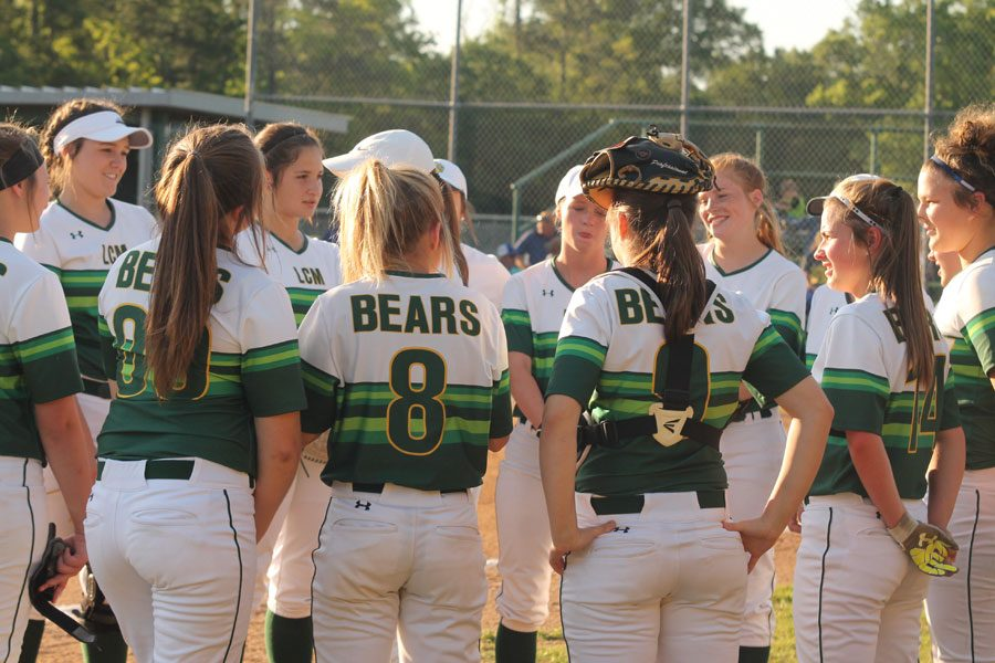 Lady Bears fight through district play