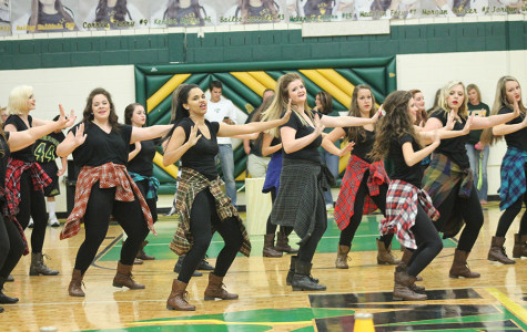 Honey Bear Performance a Big Hit at Pep Rally