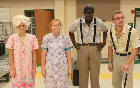 "Upperclassmen show their spirit on ""Generation Day"""