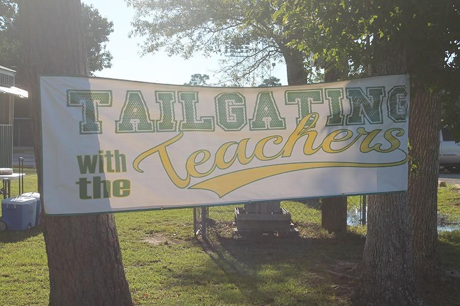 The+annual+Tailgate+with+the+Teachers+is+a+way+for+parents+to+meet+their+child%27s+teachers+in+a+fun+and+relaxed+way.+
