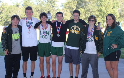 Cross Country Teams Advance to Regionals