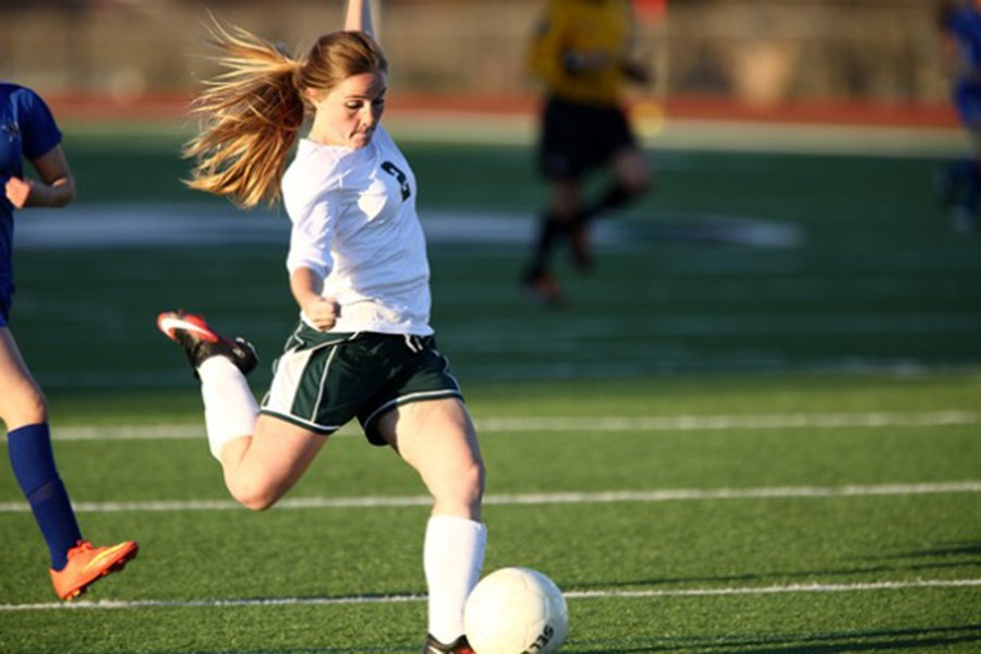Senior+Carlee+Chaddrick+has+a+love+for+the+game+of+soccer.+