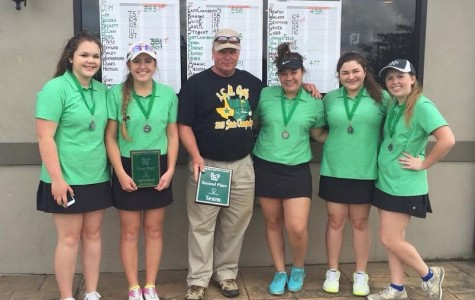 Golf Teams Compete and Succeed