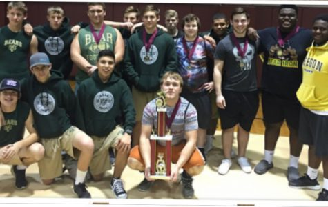 Powerlifters win first meet of season