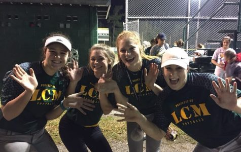 Softball team prepares for upcoming season