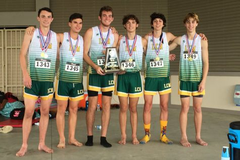 Boys cross country competes at Regionals