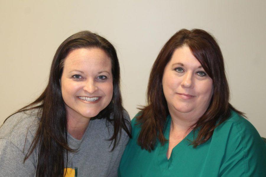 Jeannie+Alexander+and+Lisa+Fuselier+enjoy+their+positions+as+high+school+nurses.
