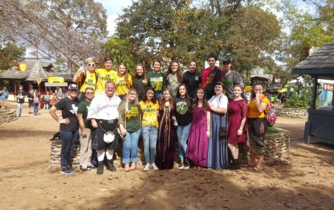 Bear Stage Players attend Renaissance Festival