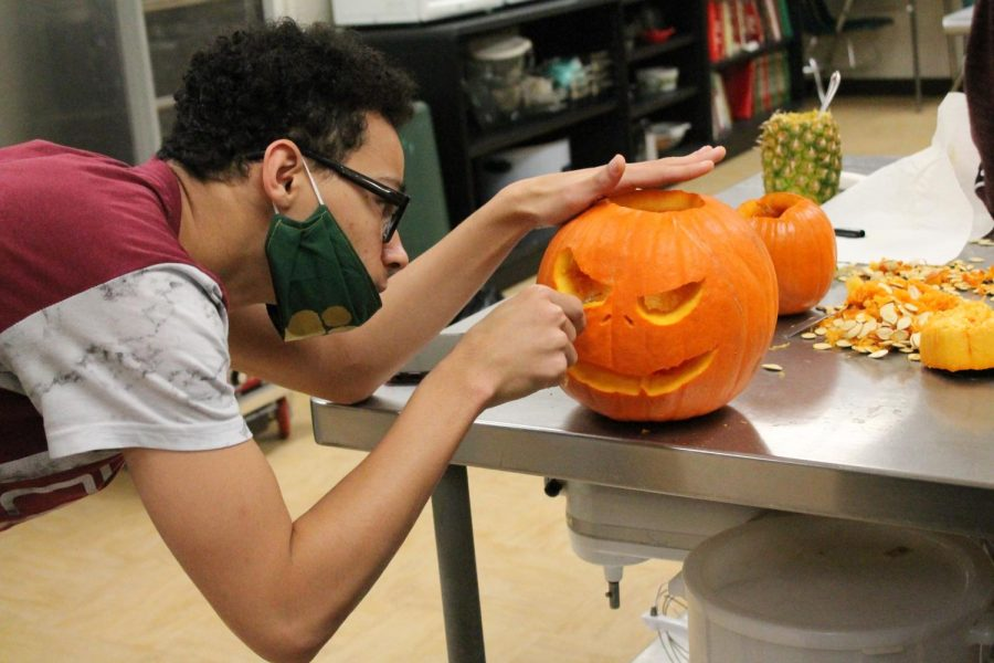 Mrs. Briggs' culinary class held a pumpkin carving contest.